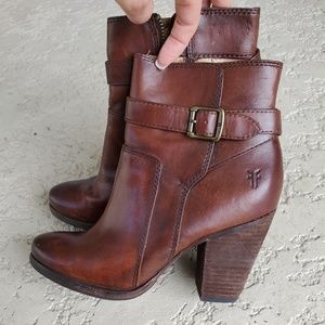 Frye Patty riding ankle booties 6 oxblood leather